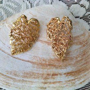 Stunning Filigree Leaf Vintage Earrings